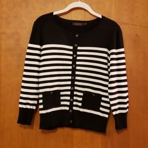 Limited 3/4 Sleeve Sweater M